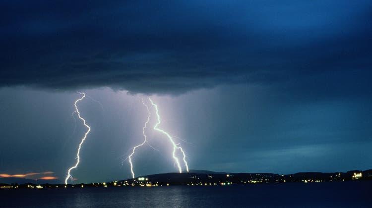Besonders in der Nordostschweiz fielen in der Nacht auf Mittwoch grosse Regenmengen. (Symbolbild) (Keystone)