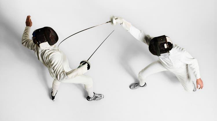 Im Schweizer Fechtsport werden die Klingen bisweilen auch innerhalb des Verbandes gekreuzt. (Fuse / Corbis RF Stills)