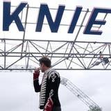 Circus Knie geht mit Bastian Baker auf Tournee