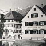 Abbrucharbeiten ohne Bagger gegen Ende Juni 1946 beim Gasthaus Kreuz. (Bild: Archiv Hansruedi Rohrer)