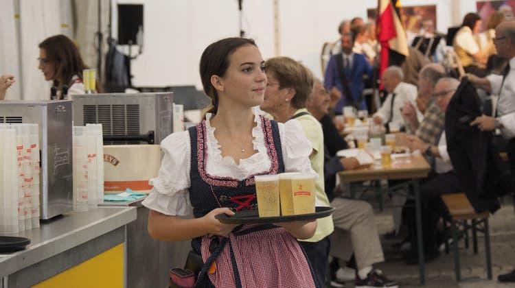 Am St.Galler Fest etwa wird auf Becher und PET-Flaschen ein Depot erhoben. (Bild: Hanspeter Schiess (17.08.2019))