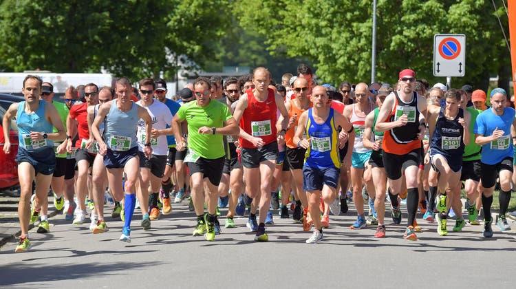 Laufsport-Fans dürfen sich am diesjährigen Aargauer Volkslauf trotz Corona-Bestimmungen auf einen attraktiven Parcours freuen. (Bild von 2018) (Gerry Frei/Archiv)