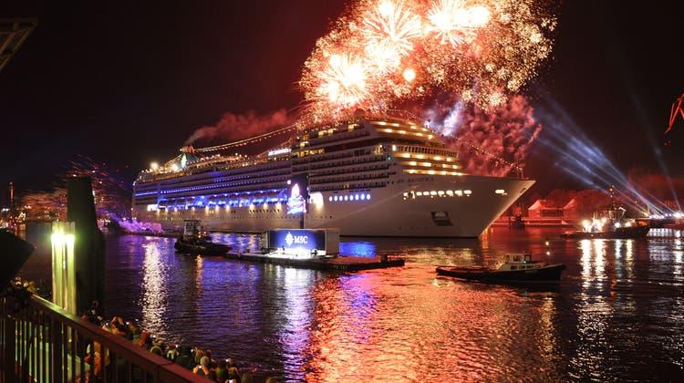 Feierliche Taufe der MSC Magnifica 2010 im Hamburger Hafen. Taufpatin war die italienische Schauspielerin Sophia Loren. (Bild: Photopress / MSC Cruises,TOU)