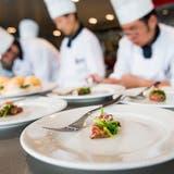 Köchinnen und Köche können uns auf eine ganz spezielle Art verzaubern. (Bild: Keystone)