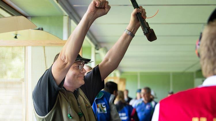 Der Gewinner Dieter Grossen holte sich in Luzern über 50 m Pistole den Titel. (Eveline Beerkircher)