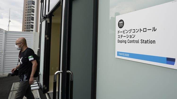 Mehr als 5000 Proben werden während den Olympischen Spielen in Tokio von den Athleten genommen. (Keystone)