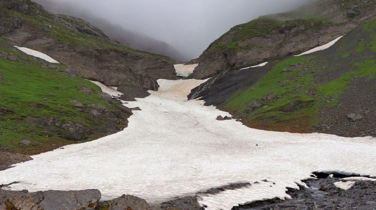 Der tödliche Bergunfall geschah auf dem Abstieg vom Panixerpass. (Kapo GL)