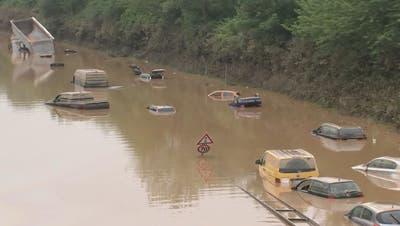 Suchen, retten, aufräumen: Jetzt zeigen sich die Flut-Schäden in Deutschland