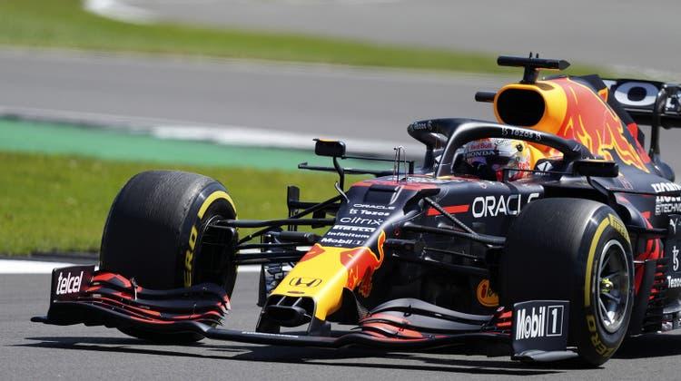 Der Holländer Max Verstappen siegt in Silverstone im Sprint und startet am Sonntag aus der Pole-Position. (Keystone)