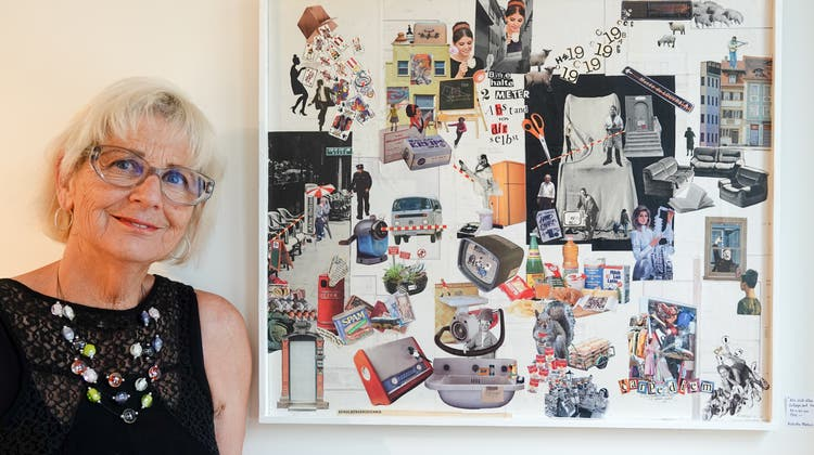 «I am a crazy woman»: Richette Mathis vor einer ihrer Collagen, die gerade im Gemeindehaus in Ennetbaden gezeigt werden. (Ursula Burgherr)