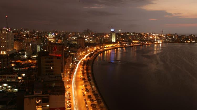 Mit der politischen Absichtserklärung soll die Korruption bekämpft werden. Im Bild Angolas Hauptstadt Luanda. (Keystone)