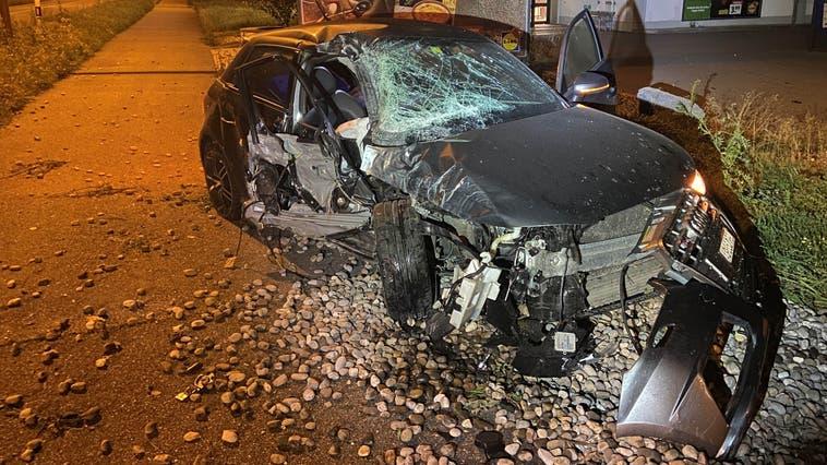 Einer der mutmasslichen Täter verletzte sich offenbar bei dem Unfall. (Kantonspolizei Aargau)