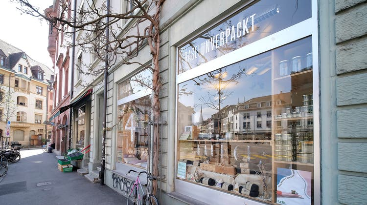 Ende Juni wurden die Fenster des«Unverpackt»-Ladens an zwei Stellen eingeschlagen. (Kenneth Nars)