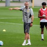 Nach Mönchengladbach nun Dortmund: Trainer Marco Rose (Mitte) (Friedemann Vogel/EPA)