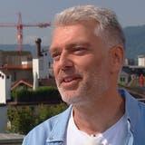 Über Shitstorms, Glückssteine und Familie – Arena-ModeratorSandro Brotzim Interview