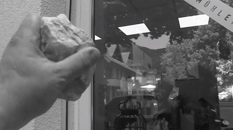 Durchs Fenster in Coiffeur-Salon eingestiegen: Der Einbrecher ist kein Unbekannter