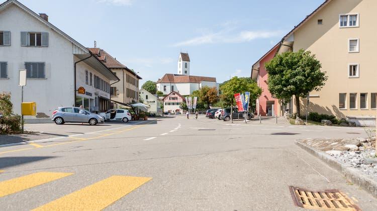 Lengnau will Tempo 20 im Dorfkern einführen, um den Verkehr zu beruhigen. (zvg/Beat Kirchhofer)
