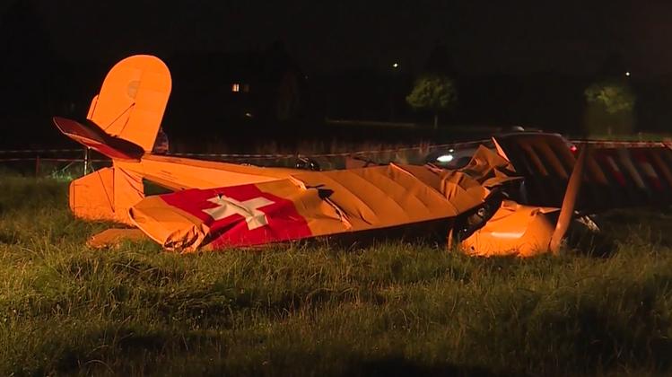 Abgestürzter Doppeldecker gehörte den beiden Insassen – der Pilot überlebte