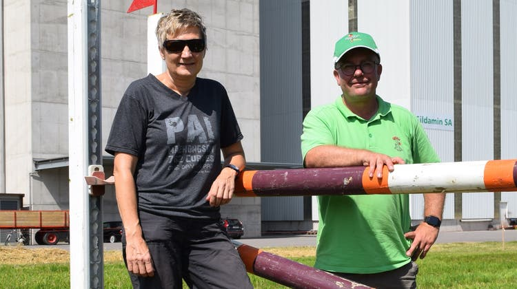 Der Abreitplatz ist bereit: Die OK-Präsidenten Sandra Troxler und Christoph Keller. (Pascal Bruhin)