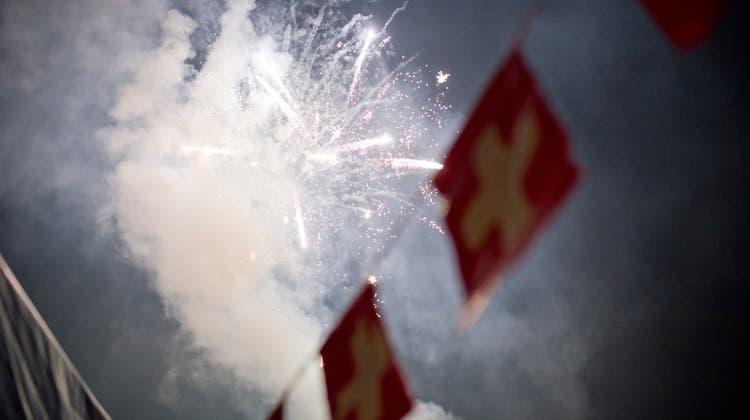 Manche Gemeinden im Kanton Solothurn haben sämtliche Bundesfeierlichkeiten für 2021 abgesagt. Manche Gemeinden setzen auch die Durchführung mittels Schutzkonzept (Symbolbild). (Ennio Leanza / KEYSTONE)