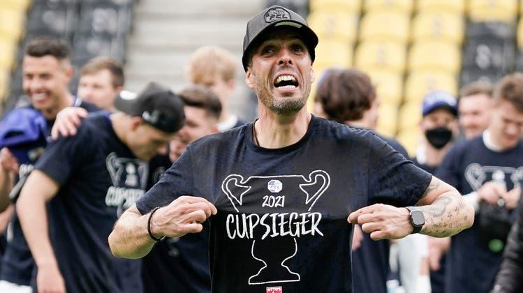 Cupsieger Fabio Celestini: Mit dem Sieg im Supercup gäbe es schon vor der neuen Saison für einen der beiden Titelträger Grund zum Feiern. (Bild: Martin Meienberger/Freshfocus (Bern, 24. Mai 2021))