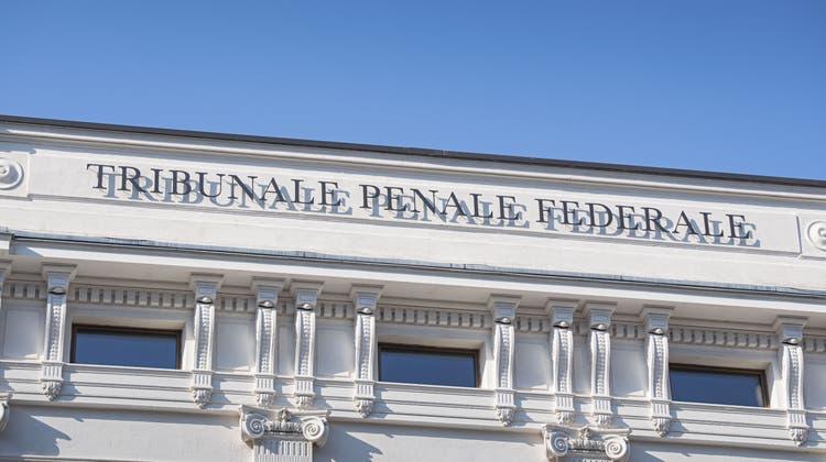 Die Verhandlung am Bundesstrafgericht zum 100-Millionen-Euro-Deal wurde unterbrochen. (Symbolbild) (Keystone)
