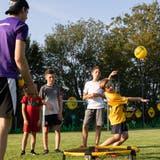 Roundnet: Als Spieler muss man ständig konzentriert und in Bewegung sein