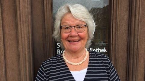 Die Dietiker Bibliothekarin Susanne Fortunato empfiehlt «In der Nacht hör' ich die Sterne» all jenen, die leise Töne lieben. (Bild: zvg)