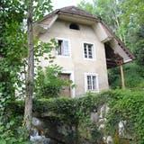 Gebäude und Natursteinbrücke Weissensteinstrasse 140 in Oberdorf. (Fabio Vonarburg)