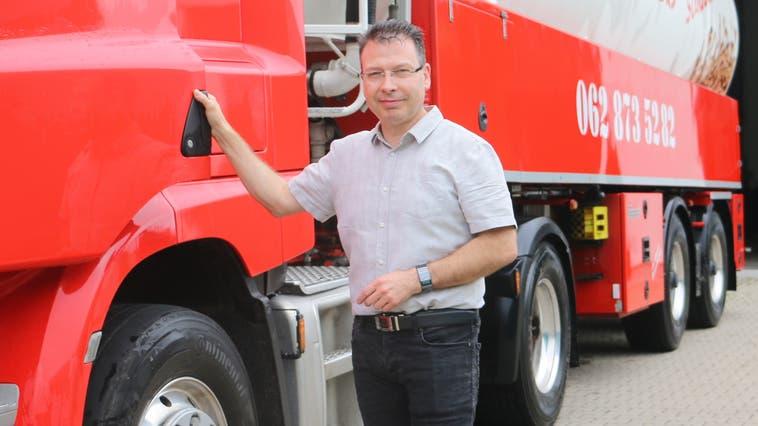 Robert Weniger, Geschäftsführer der Heizöl-Fredy AG in Stein, kandidiert für den Fricker Gemeinderat. (Dennis Kalt)