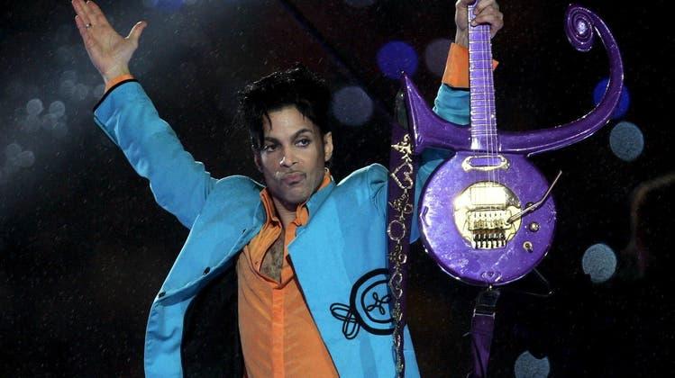 Schillernd, hochbegabt, zu früh gestorben: Prince. (Tannen Maury / EPA)
