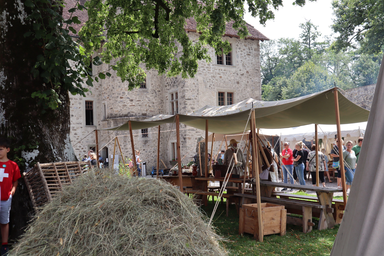 Impressionen Themenwoche «Leben im Mittelalter auf Schloss Hallwyl».