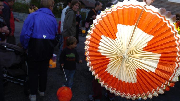 Auch Lampions sind an den Limmattaler Bundesfeiern wieder hoch im Kurs. (Bild: Archiv)