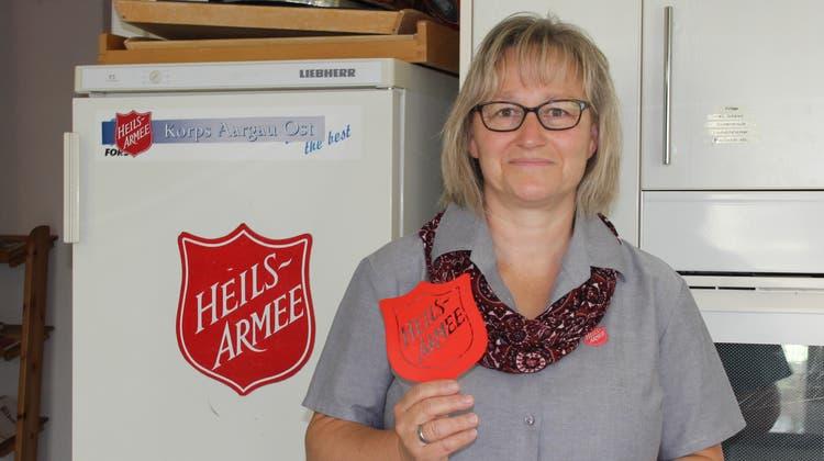 Dora Kunz übernimmt seit 2013 gemeinsam mit ihrem Mann die Standortleitung der Heilsarmee in Umiken. (Janine Walthert)