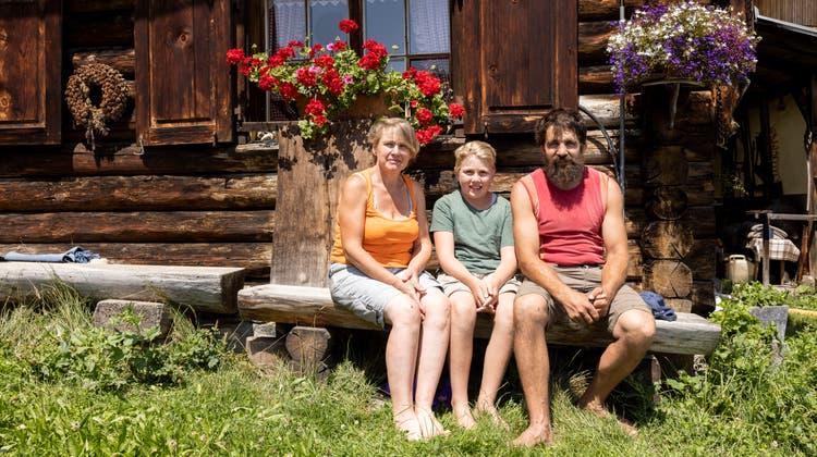 Familie Jegen mit Patritzia, Ray-Lee und Reto.