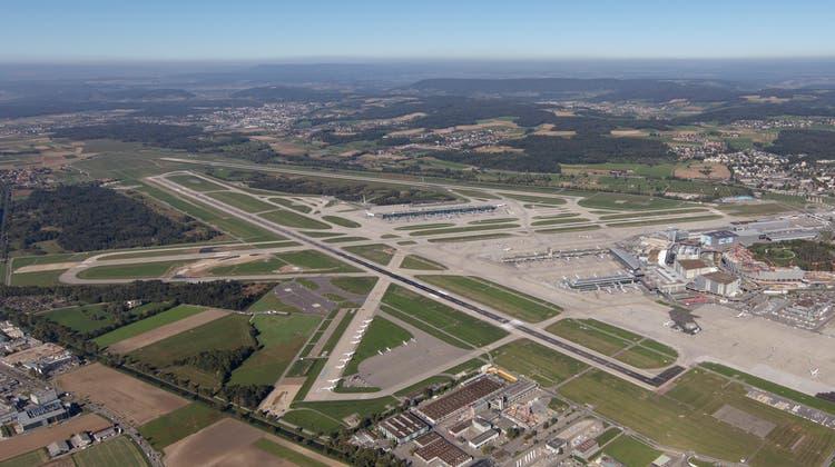Der Flughafen Zürich-Kloten will die Pisten 28 und 32 verlängern. (Ralph Bensberg / Flughafen Zuerich)