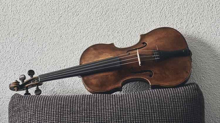 Rund 250 Jahre alt istFranziska Németi-MosimannsBarockgeige des deutschen Instrumentenbauers Sebastian Klotz. (Roland Schmid)
