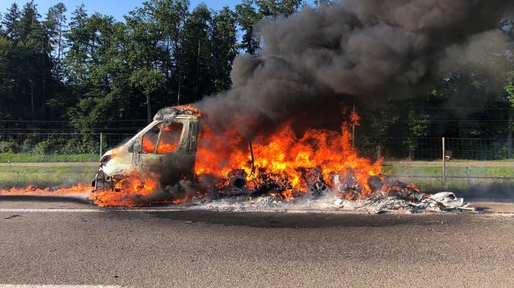 Beim Brand wurden zwei Personen verletzt. (Bild: Kapo Thurgau)