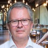 Christoph Rehmann-Sutter sagt, es sei moralische Pflicht ungeimpft auf einen Restaurantbesuch zu verzichten. (Laurent Gillieron / Keystone)