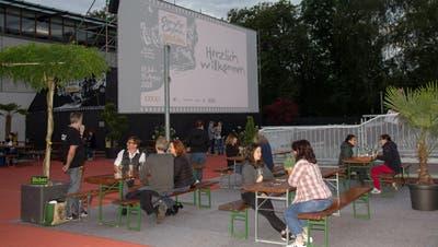 Das Open-Air-Kino in Wohlen bei der Kantonsschule im Vorjahr. (Verena Schmidtke (19. Juli 2020))