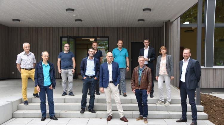 Gemeinderäte und Mitglieder der Verwaltung besichtigten den Kindergarten Kohlplatz. (Horatio Gollin)