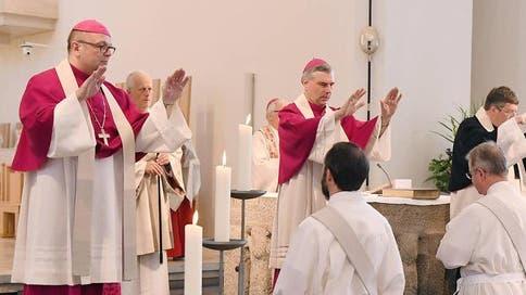 Nur Männern vorbehalten: Eine Priesterweihe in Rottenburg in Baden-Württemberg. (Imago)