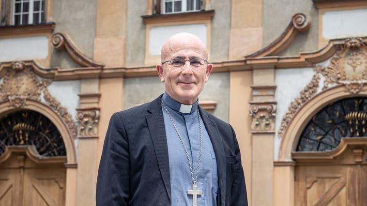 Joseph Maria Bonnemain, Bischof des Bistums Chur. (Bild: Boris Bürgisser (Chur, 17. Mai 2021))