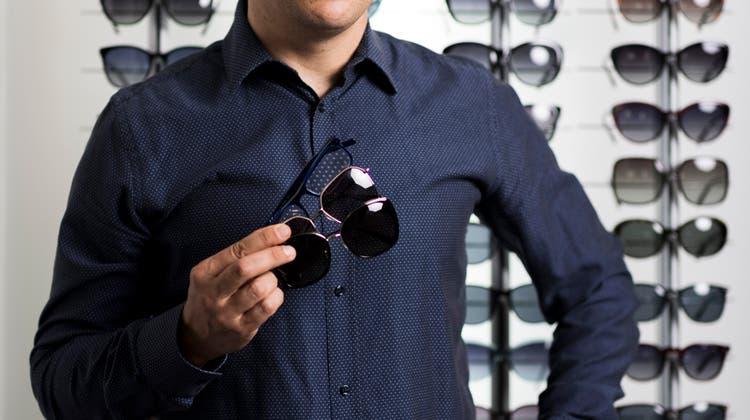 Die Brille für «Normalos»: Jerry Dreifuss verkauft alleine in der Schweiz jährlich einige Hundertausend Brillen. (Severin Bigler)