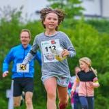 Eine junge Teilnehmerin am Öpfel-Trophy-Lauf 2019 in Hüttwilen. (Bild: PD/Schenkfoto)
