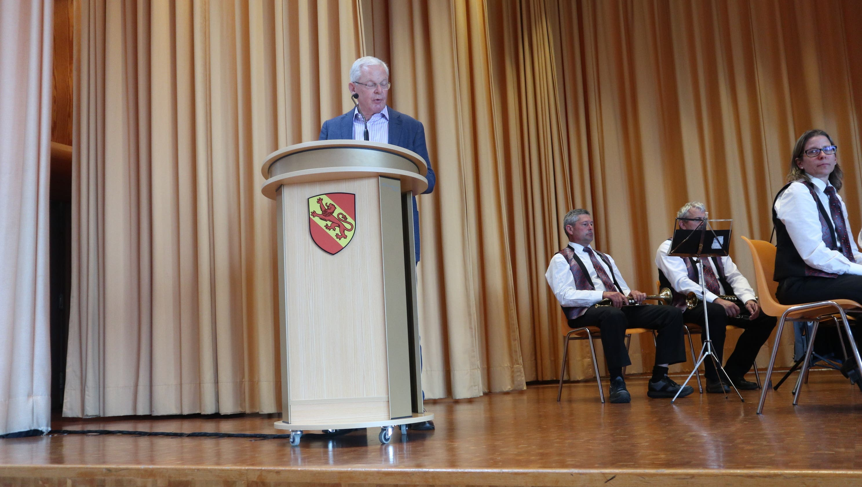 Die Eröffnungsrede hielt Gemeindepräsident Chris Linder (FDP).