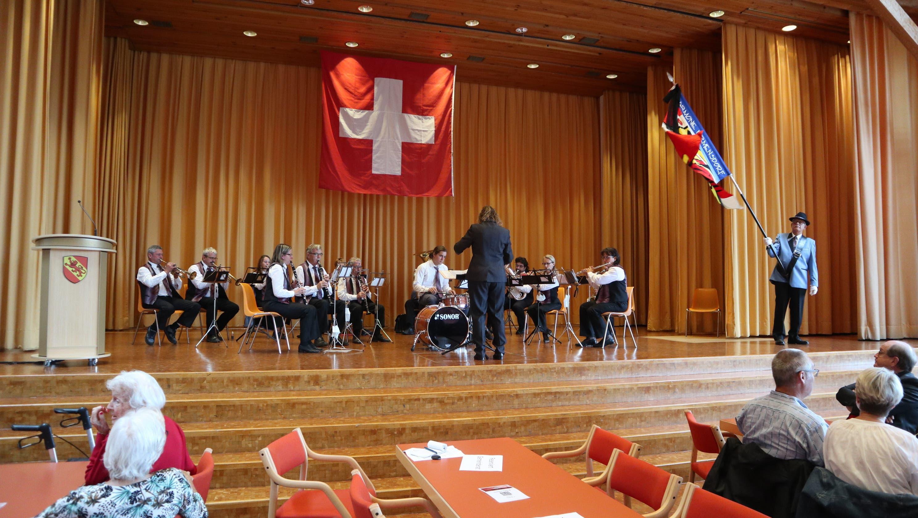 Untermalt wurde die Feier von der Harmonie Birmensdorf.