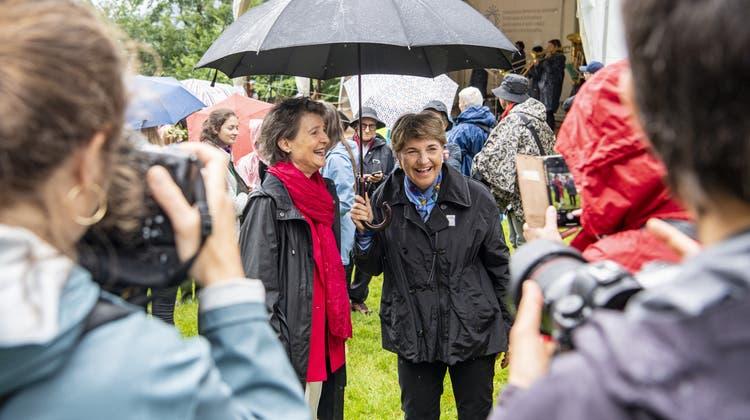 Die Bundesrätinnen Simonetta Sommaruga, links, und Viola Amherd. (Keystone)