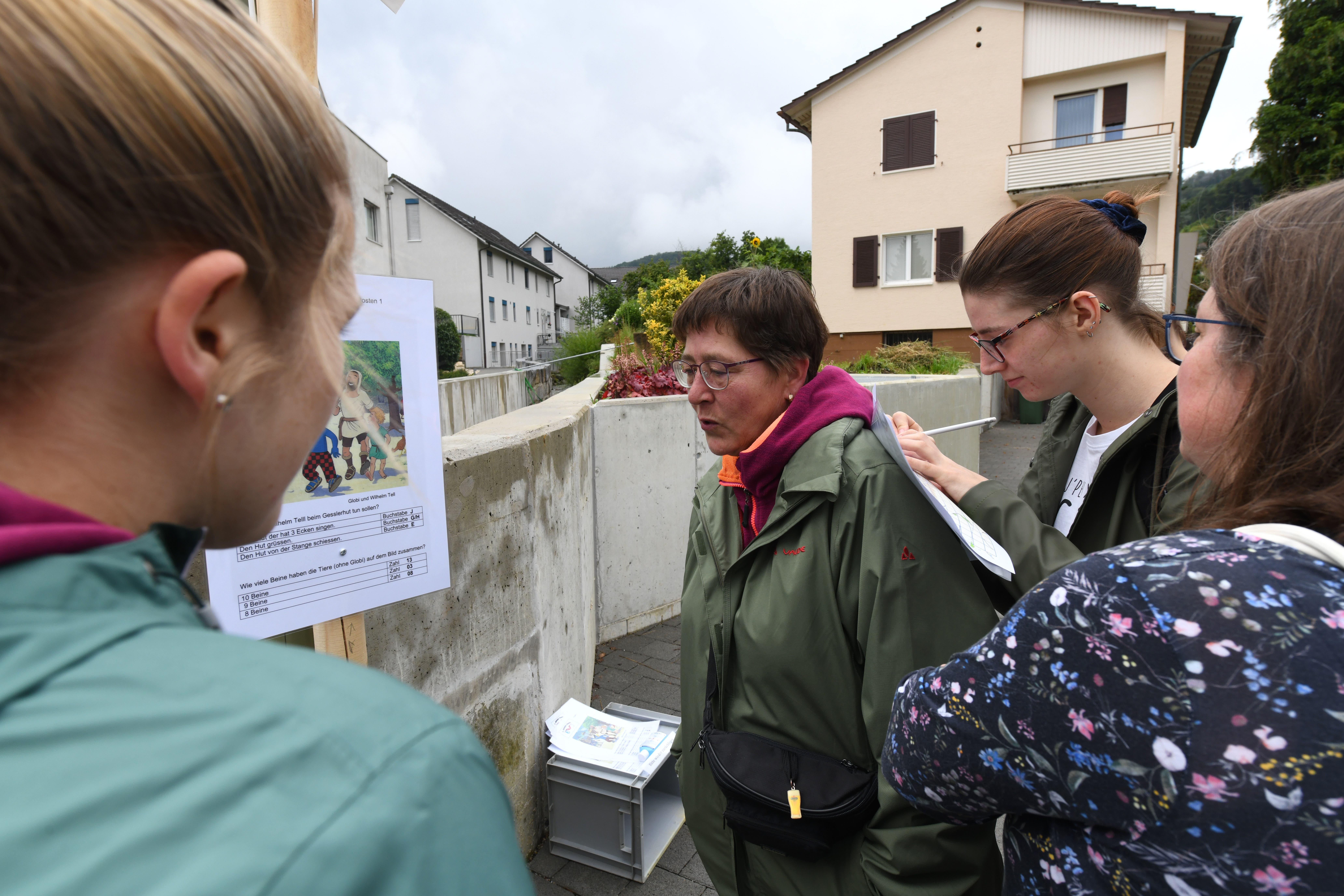 Frenkendorf organisiert zum 1. August einen Postenlauf mit versteckten Botschaften, Geschicklichkeitsspielen, Codes und Rätseln.