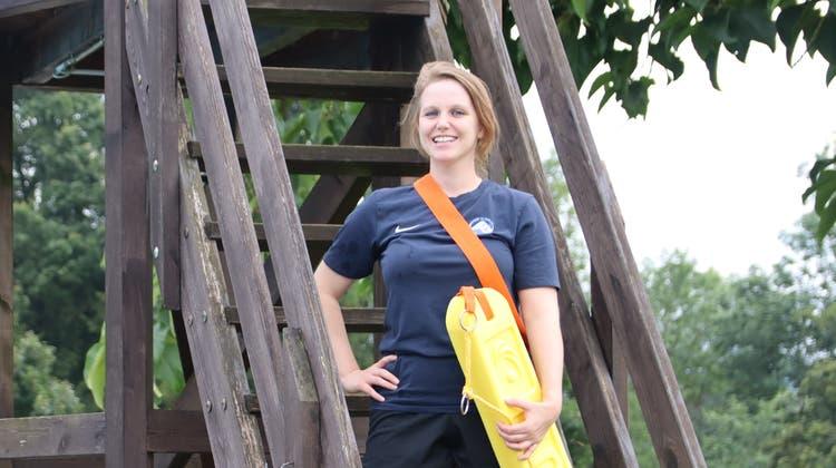 Rettungsschwimmer, Anna Richi, Badi Urdorf, Verein, Rettung, Training (Lydia Lippuner)